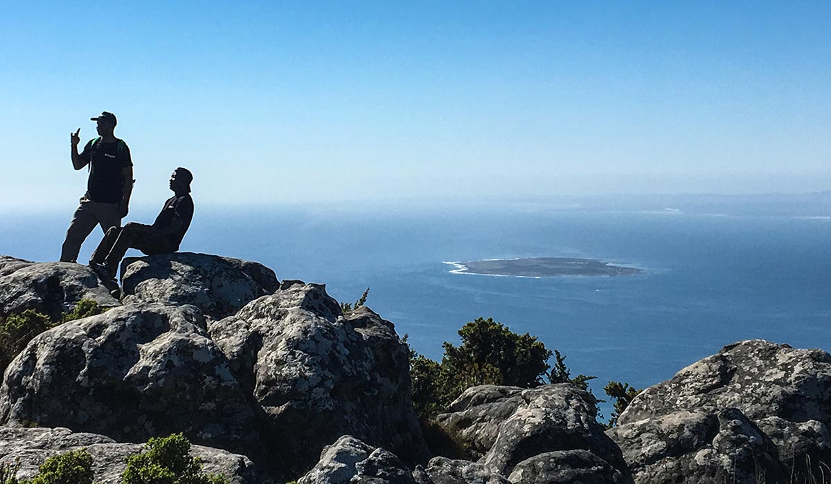 City tour and table mountain coffeebeans - Robben island and table mountain tour ...